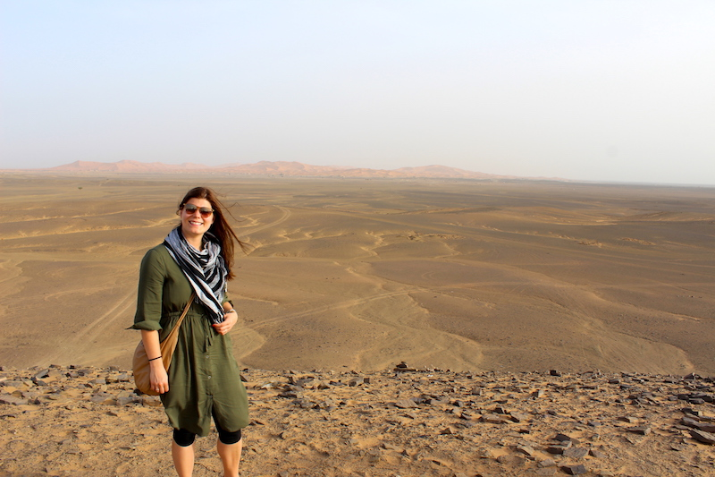 womens outfit in the Sahara