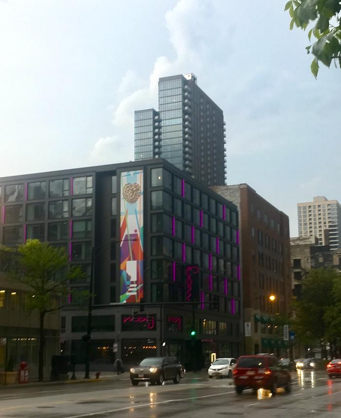 Moxy Chicago
