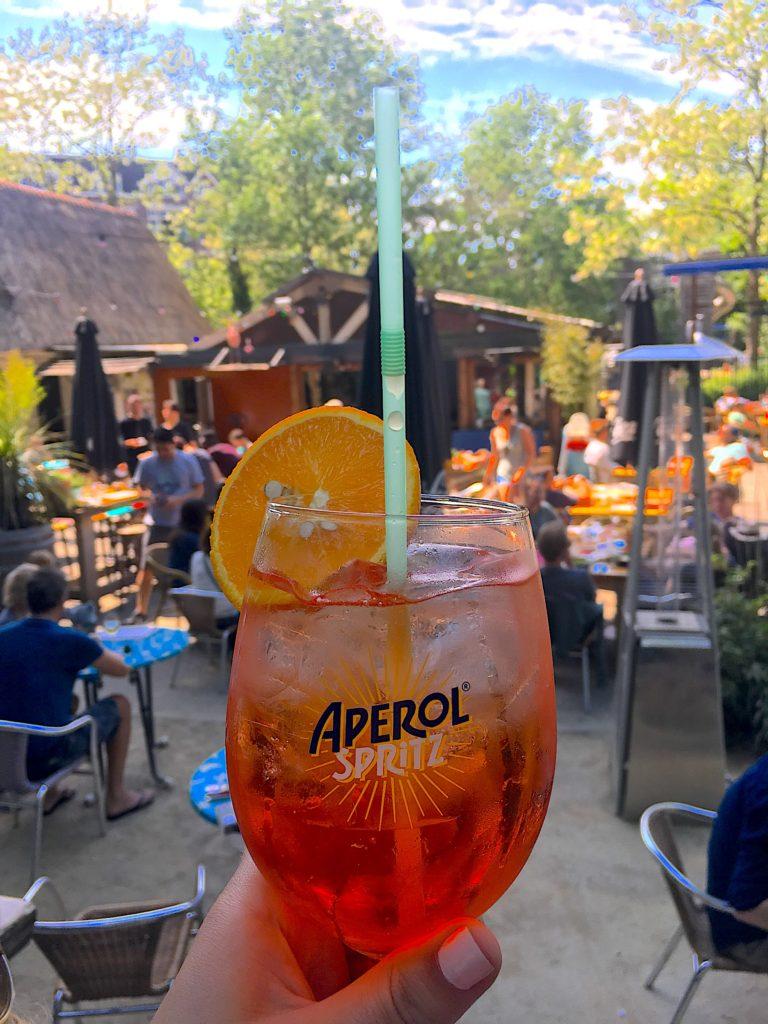 Drinks at De Vondeltuin